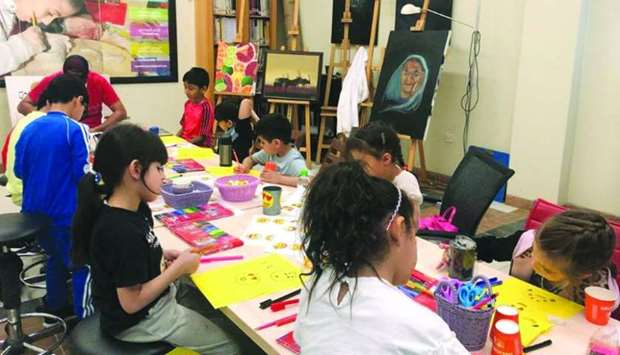 During the trip, the children learned more about basic drawing techniques, painting, graphic design etc.