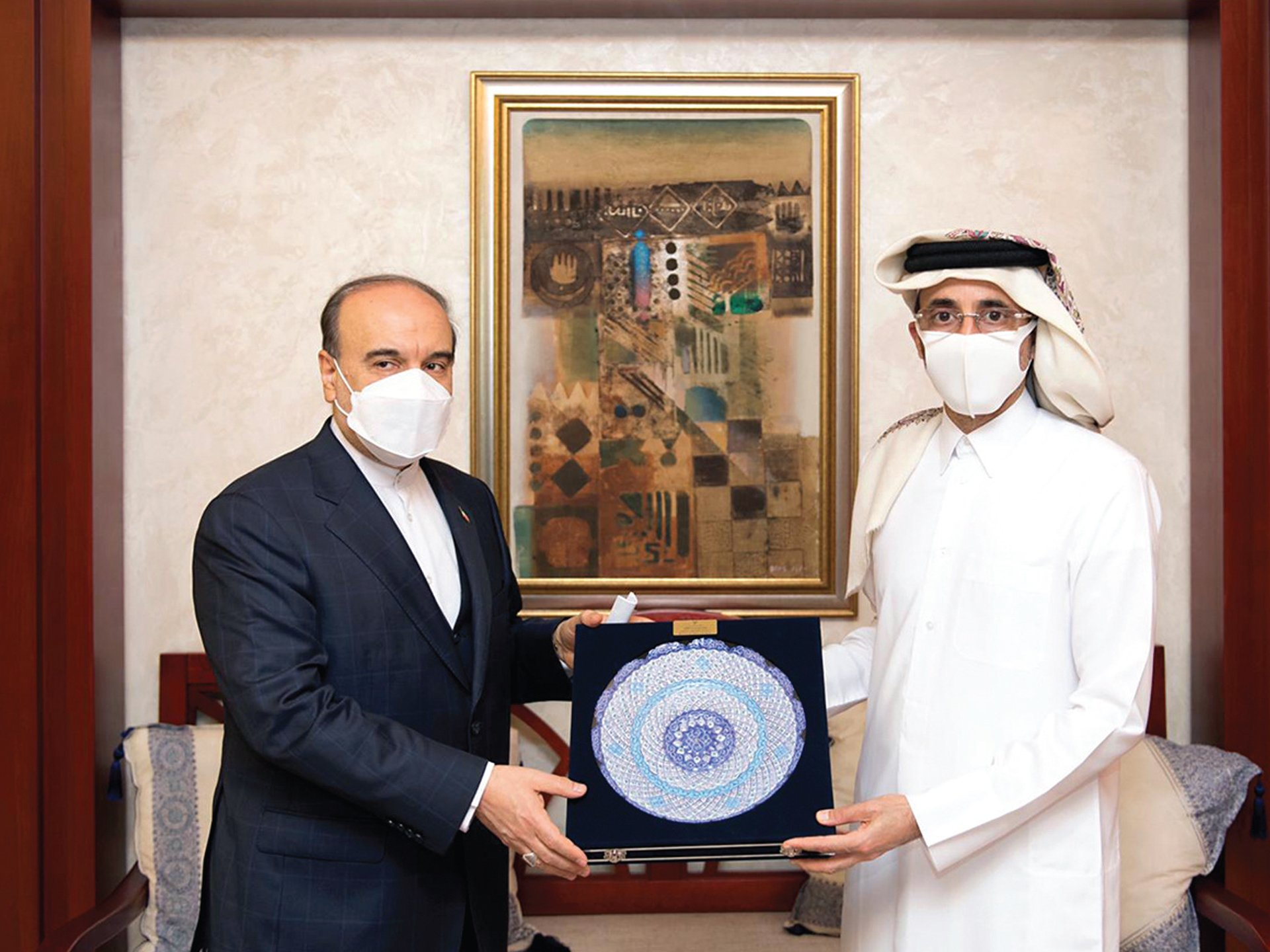 Minister of Culture and Sports Meets Iranian Counterpart